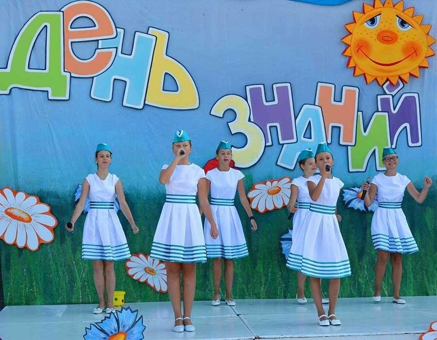 Здравствуй, школьная пора! Как отмечают День знаний в Севастополе, фото-9