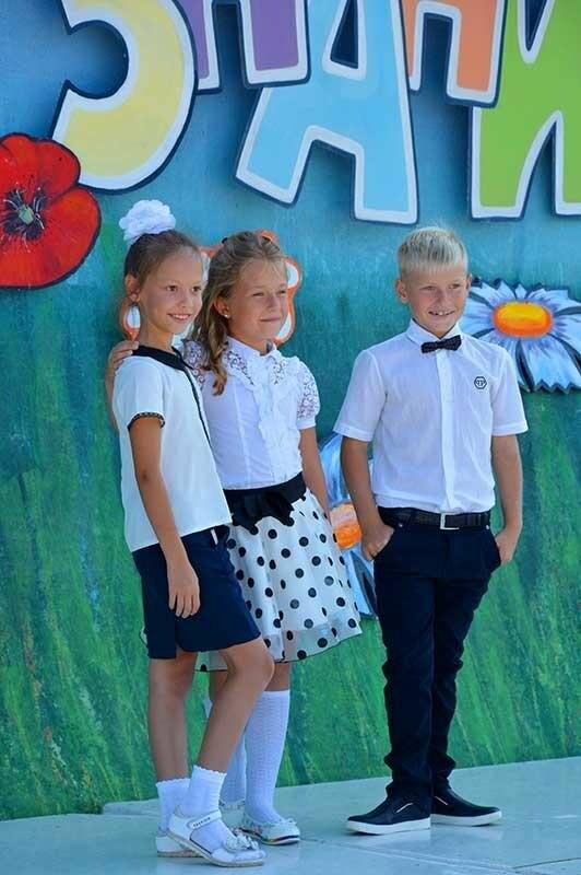 Здравствуй, школьная пора! Как отмечают День знаний в Севастополе, фото-11