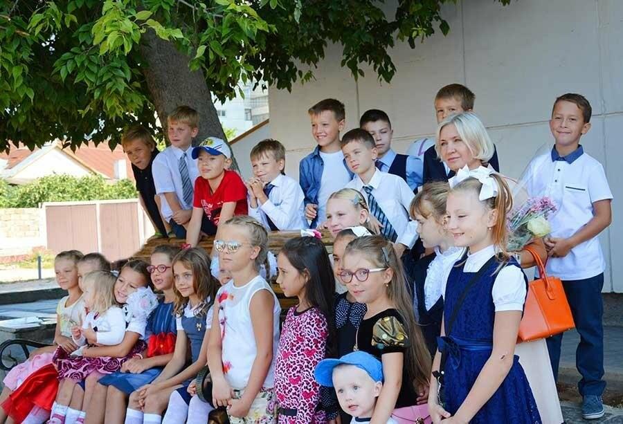 Здравствуй, школьная пора! Как отмечают День знаний в Севастополе, фото-18