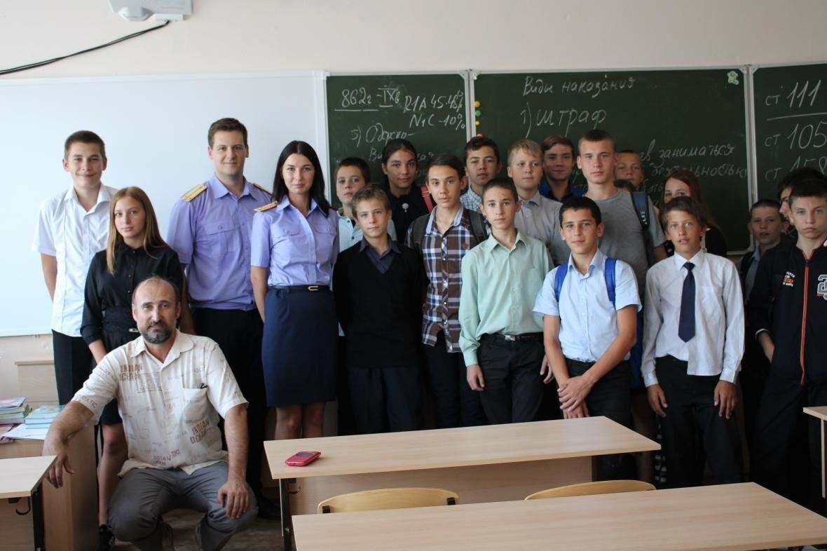 В Севастополе сотрудники управления проводят профилактические уроки в образовательных учреждениях города, фото-3