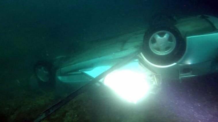 В Севастополе с обрыва сорвался автомобиль (ФОТО), фото-1