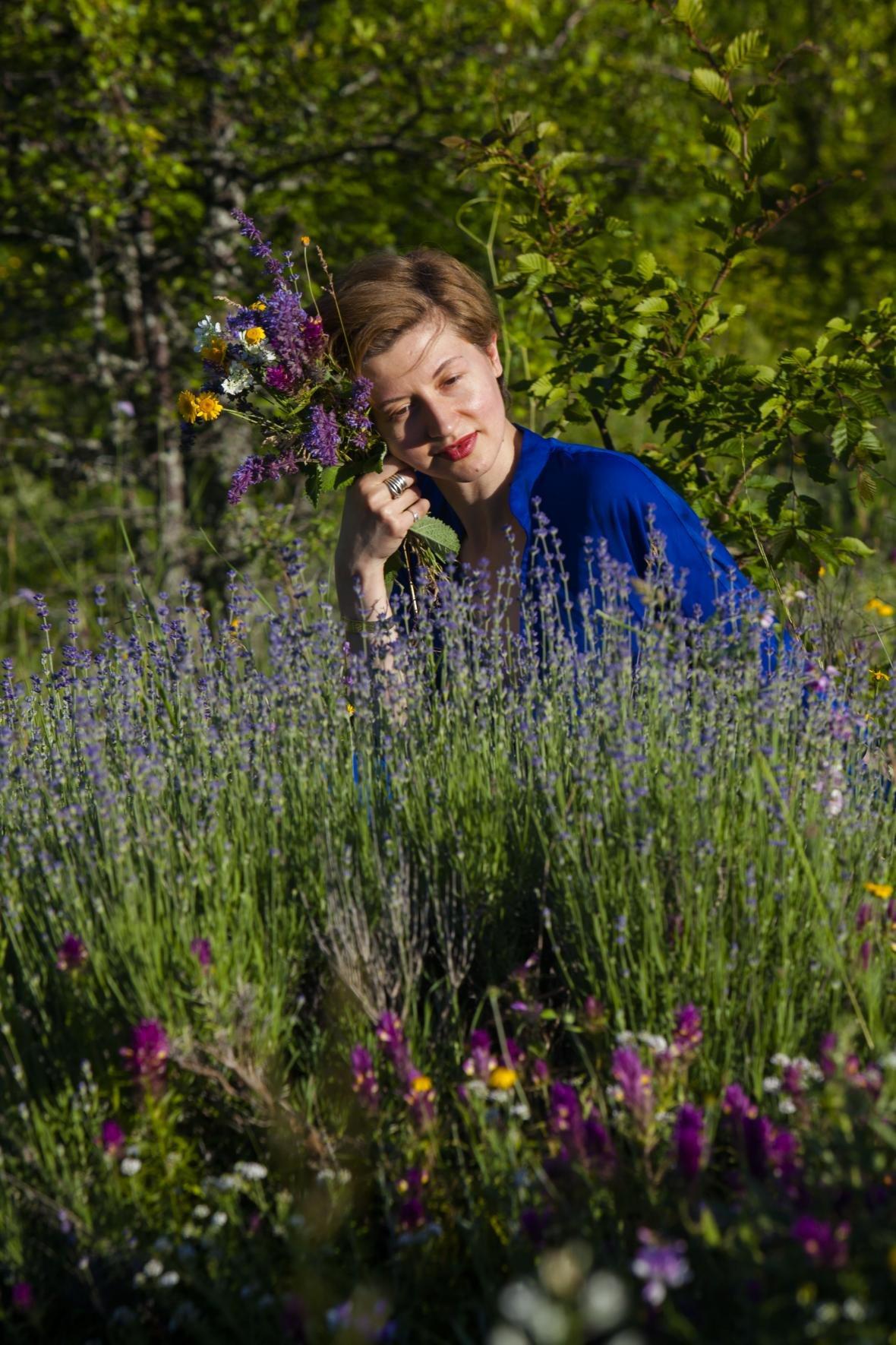 В Ялте презентуют  арт-проект Виктории Меренковой «Ботаника. Внутри меня», фото-2